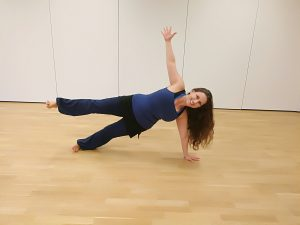 Alina Zach yoga workout yogalina