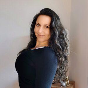 Alina Zach yogalina